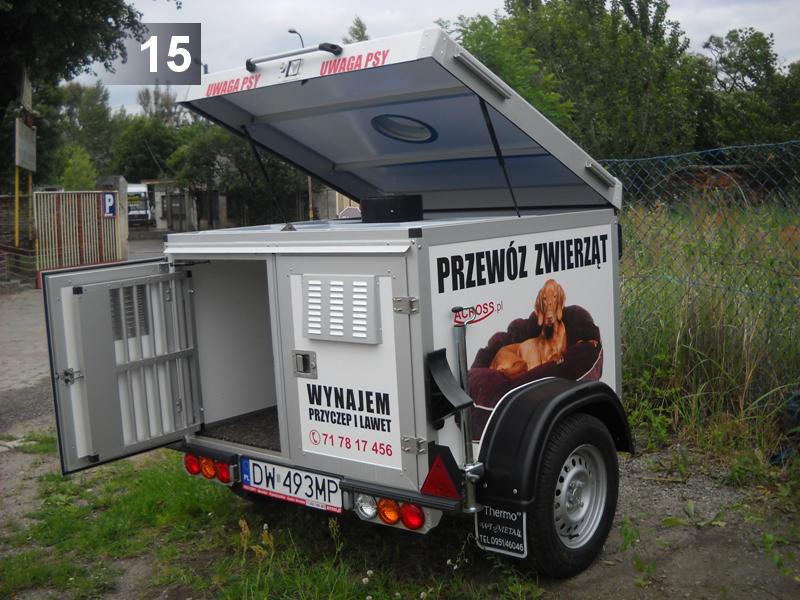 (15) Do przewozu 2 psów Wymiary 1 komory: 115 x 60 x 70 Ładowność: 240kg (DMC: 400kg)  Cena brutto: 60 zł/doba - do 4h: 40 zł